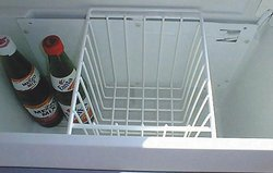 Hook-in-basket for refrigerator box